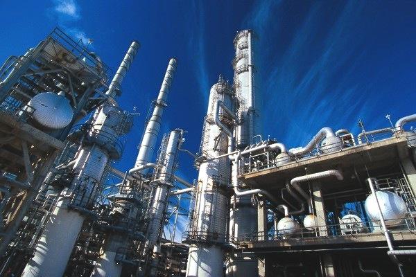 international_protective_coatings_-_refinery_large_image-600x0